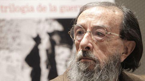 Juan Eduardo Zúñiga gana el Premio Nacional de las Letras