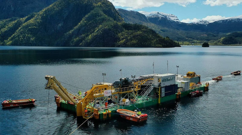 Instalación del North Sea Link. (National Grid)