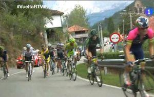 La pelea entre Rovny y Brambilla en la 16ª etapa de la Vuelta Ciclista a España