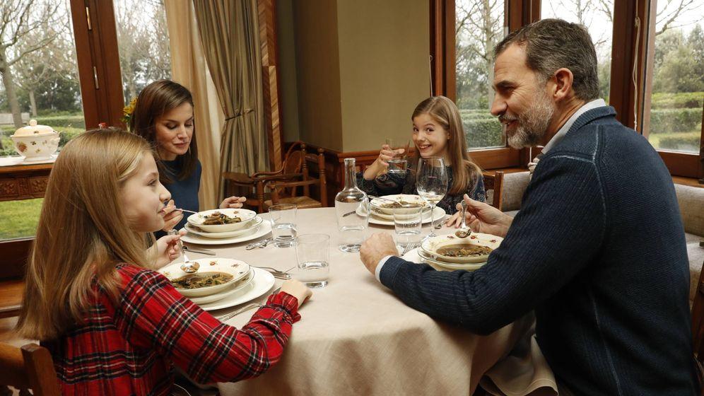 Familia real espa ola la infanta sof a la gran for Casa actual