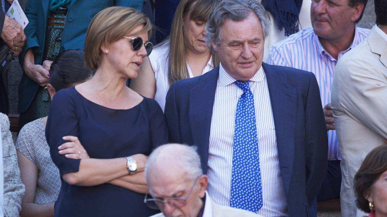 María Dolores de Cospedal con su marido, Ignacio López del Hierro. (Getty)