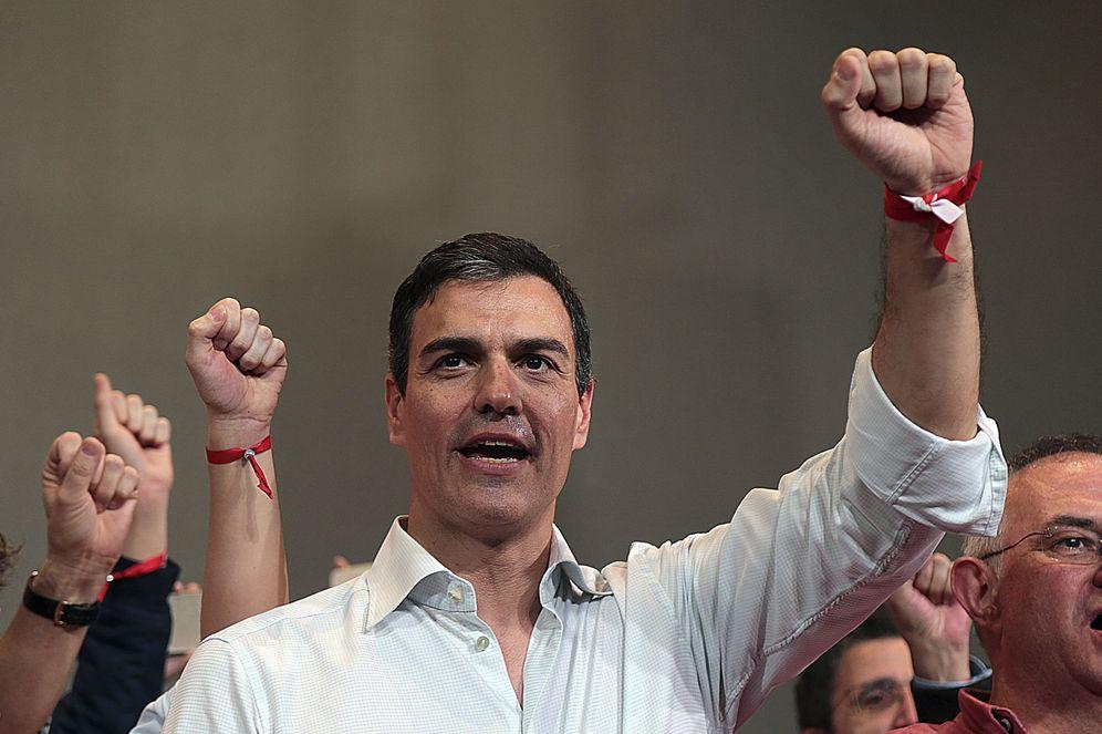 Foto: Pedro Sánchez, este 18 de marzo durante su mitin con militantes en Granada. (EFE)