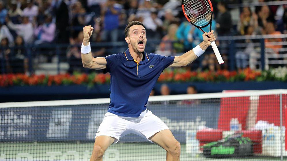 Foto: Roberto Bautista celebrando su título de este sábado. (EFE)
