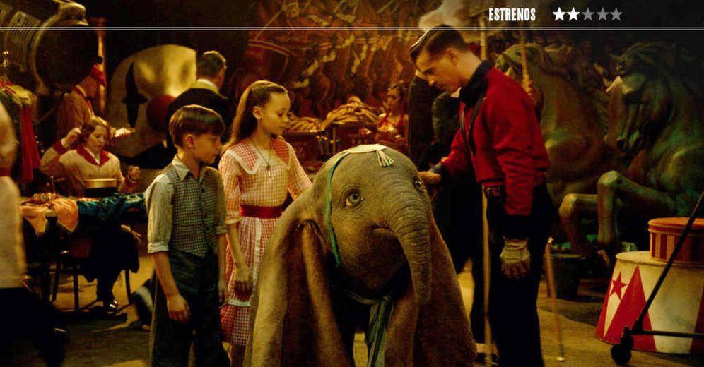 Foto: Finley Hobbins, Nico Farrier y Colin Farrell, en 'Dumbo'. (Disney)