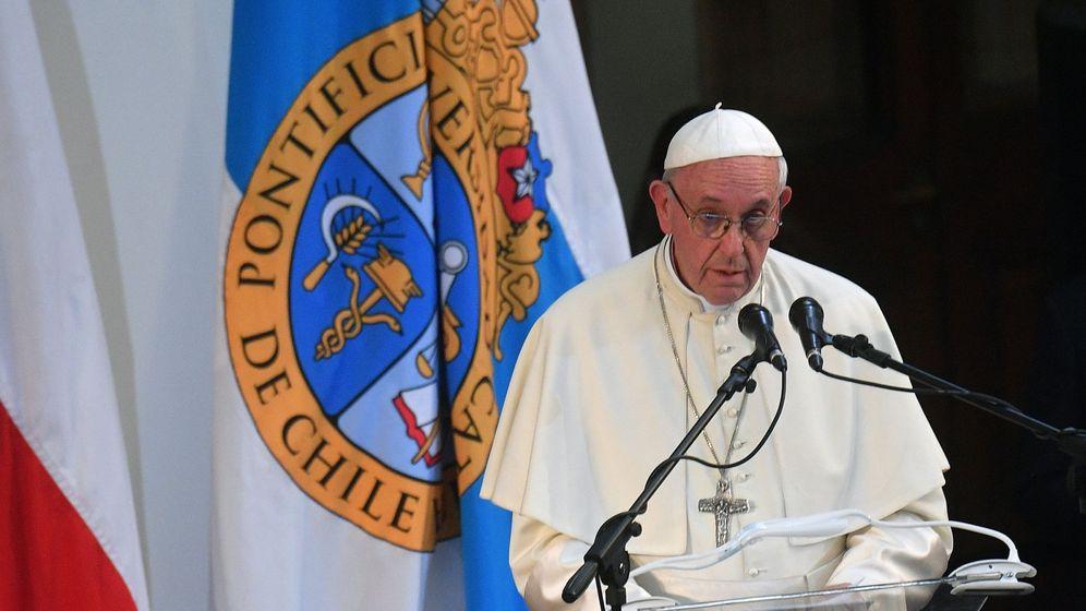 Foto: El papa Francisco habla durante una visita a la Pontificia Universidad Católica en Santiago (Chile). (EFE)