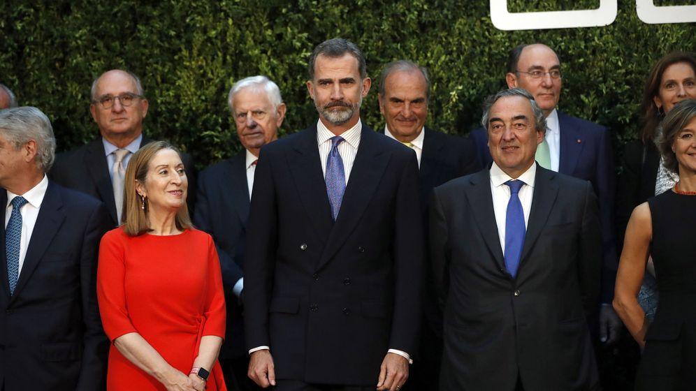 Foto: El Rey Felipe preside el 40 aniversario de la CEOE. (EFE)