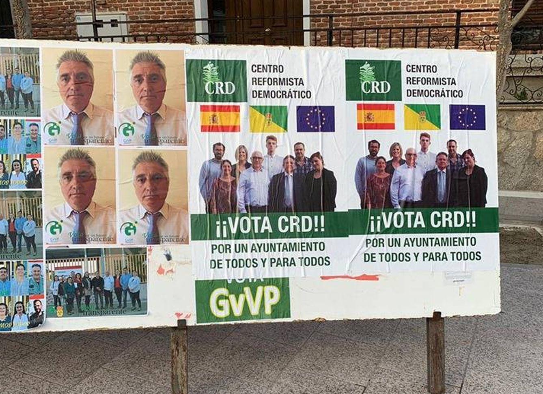 Carteles electorales de José Miguel Lloret, con toda seguridad el nuevo alcalde de Villanueva de Perales.