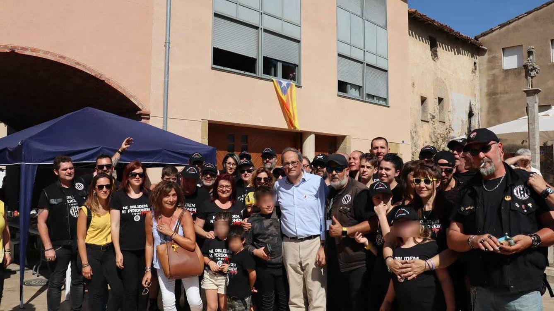 Foto: Quim Torra, junto a varios 'motards', en un acto por la 'república catalana'.