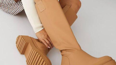Cómodas, en 3 colores y low cost: así son las botas planas de Stradivarius