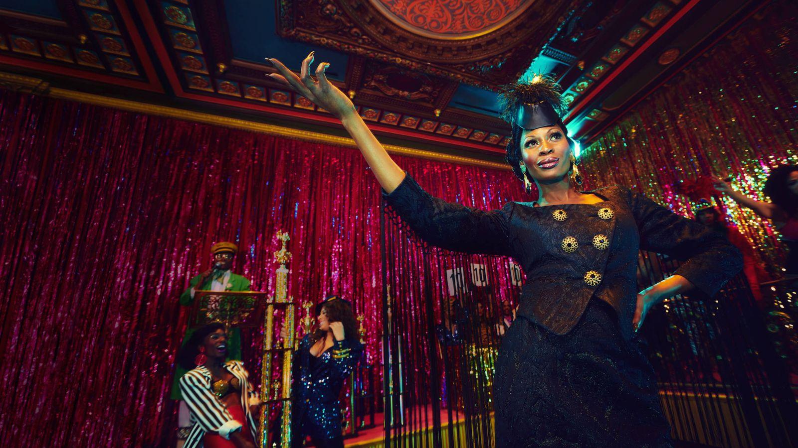 Foto: Dominique Jackson en el papel de Elektra. (HBO)