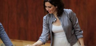 Post de Isabel Díaz Ayuso debuta en la Asamblea de Madrid con un look de Begoña Gómez