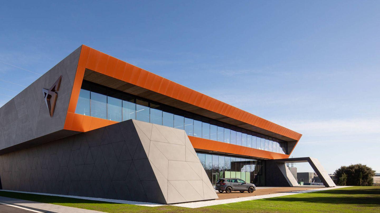 La nueva sede de la marca Cupra, junto a la fábrica de Martorell.