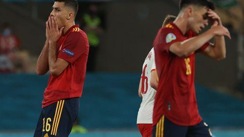 España va mal y Camacho está de fiesta