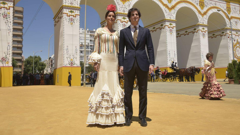 Sofía Palazuelo y Fernando Fitz-James, en la Feria de Abril. (Sevilla Press)