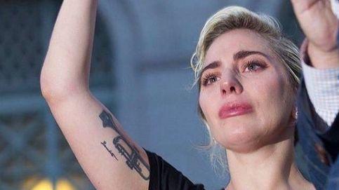Lady Gaga rompe a llorar al leer nombres de las víctimas de Orlando
