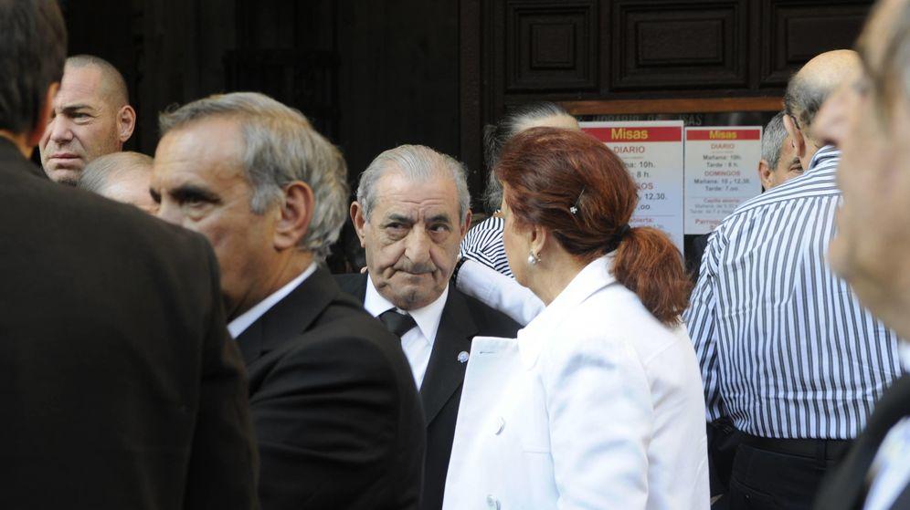 Foto: Juan José Hidalgo durante el funeral (La Gaceta de Salamanca)