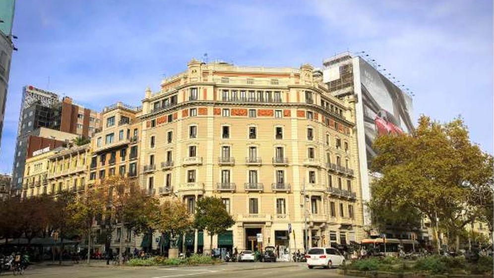 Foto: Edificio donde se ubican las nuevas oficinas de First Workplaces en Rambla de Catalunya.