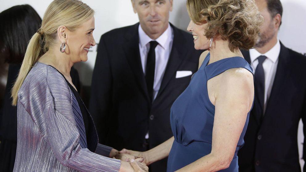 El cruce de halagos entre Sáenz de Santamaría, Cifuentes y Sigourney Weaver