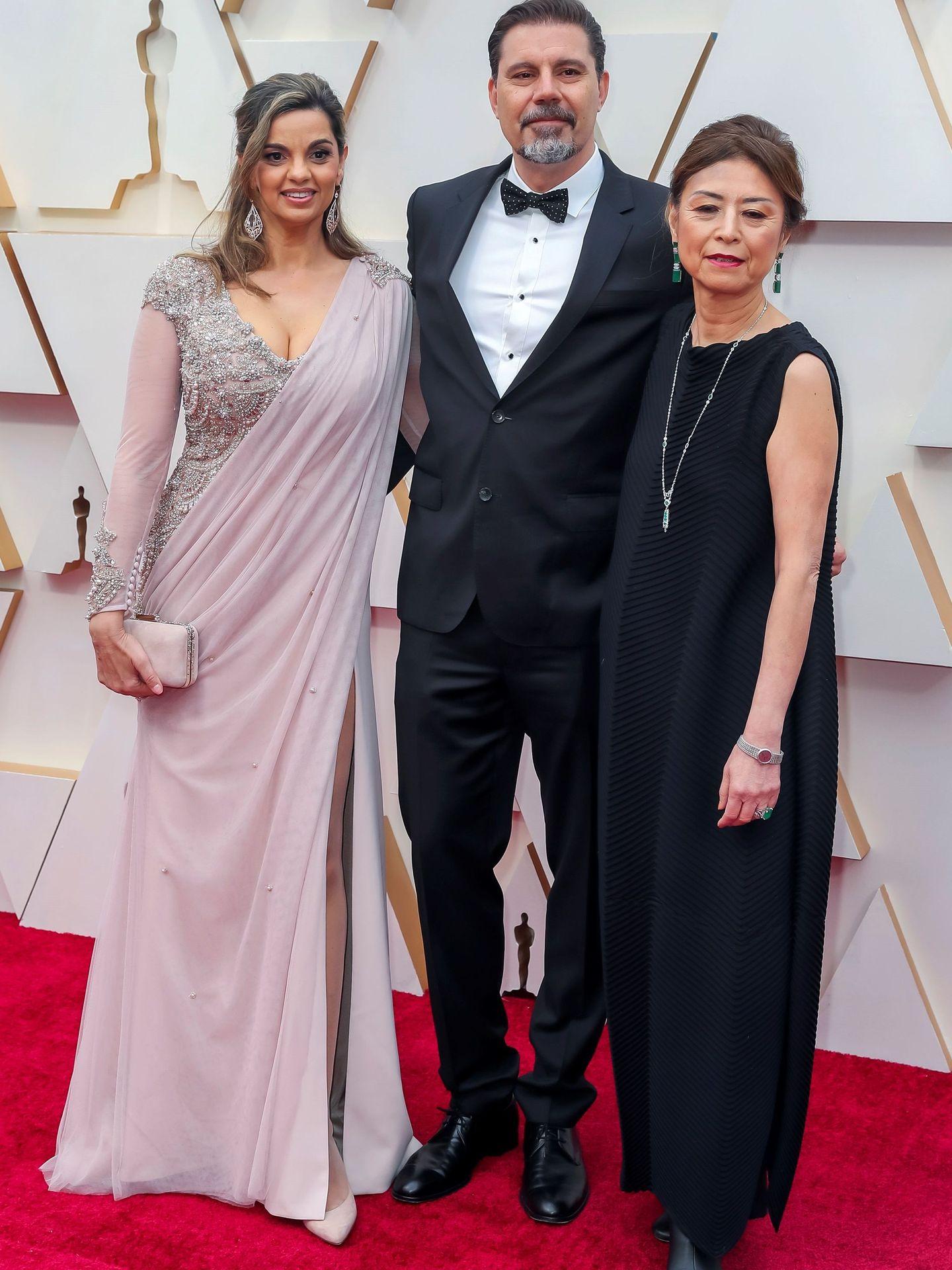 El directo Sergio Pablos (c), junto a las productoras Marisa Roman (i) y Jinko Gotoh (d). (EFE)