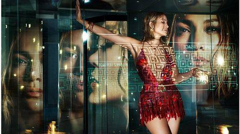 Kendall y JLo ahondan en la importancia del mundo virtual con Versace