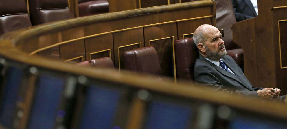 Foto: Manuel Chaves, en el Congreso de los Diputados (EFE)