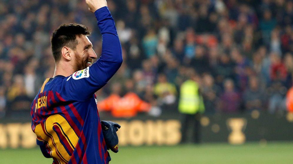 Foto: Leo Messi celebra el título de Liga con el FC Barcelona. (EFE)
