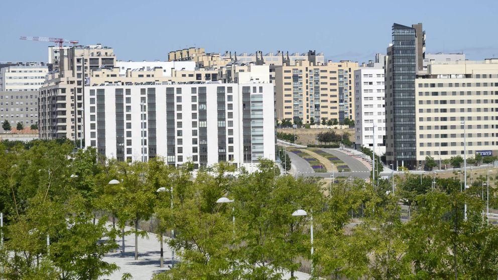 Carmena paraliza la construcción de nuevas viviendas en Valdebebas