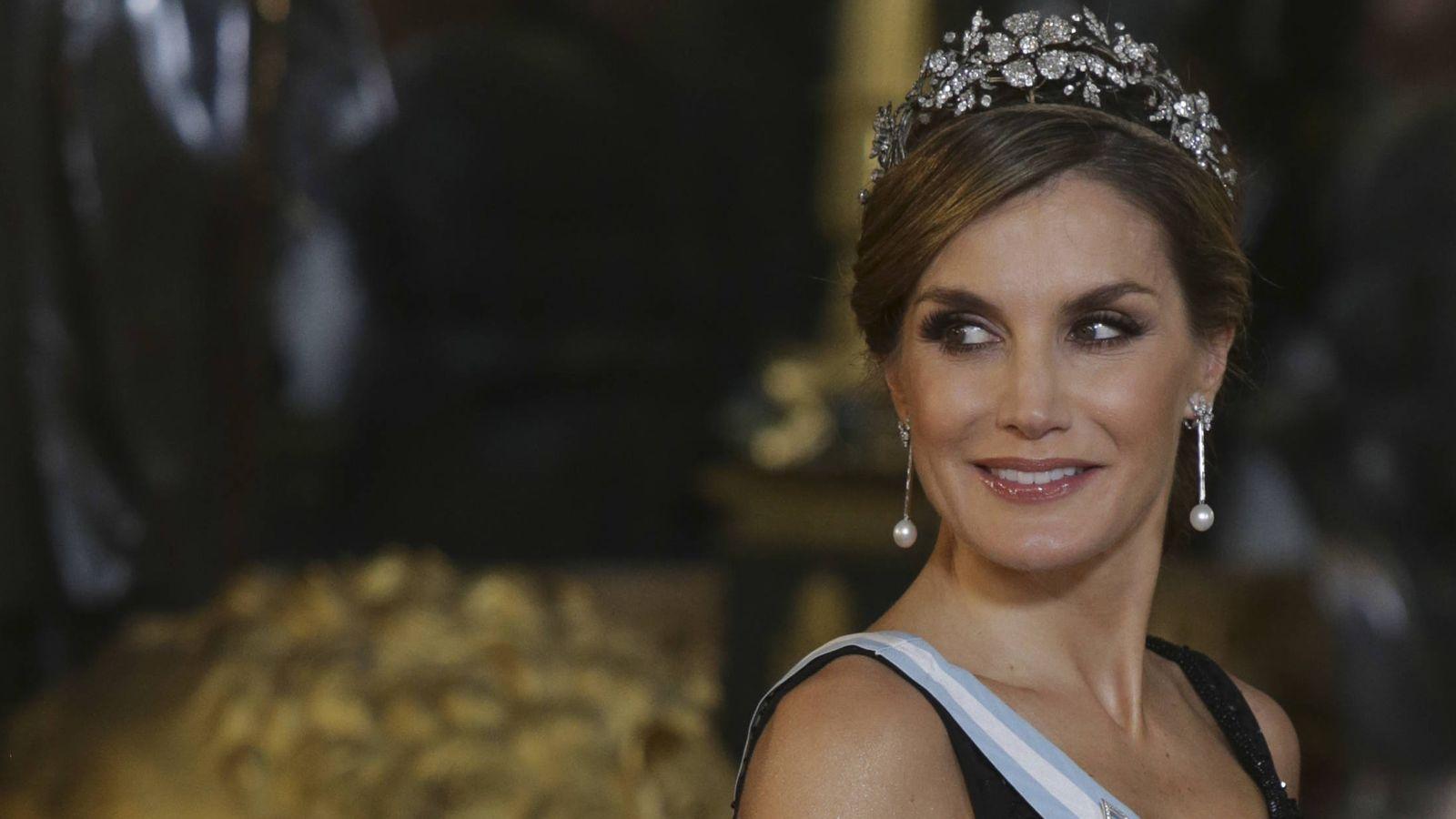 Foto: La Reina en el salón del trono. (Gtres)