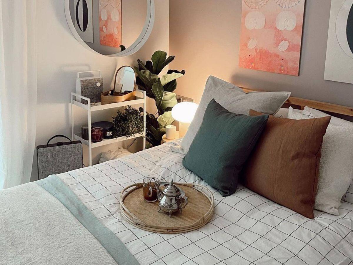 Foto: El spa en el dormitorio que nos proponen Ikea y Ana Noguera. (Instagram @vanillaandco_)