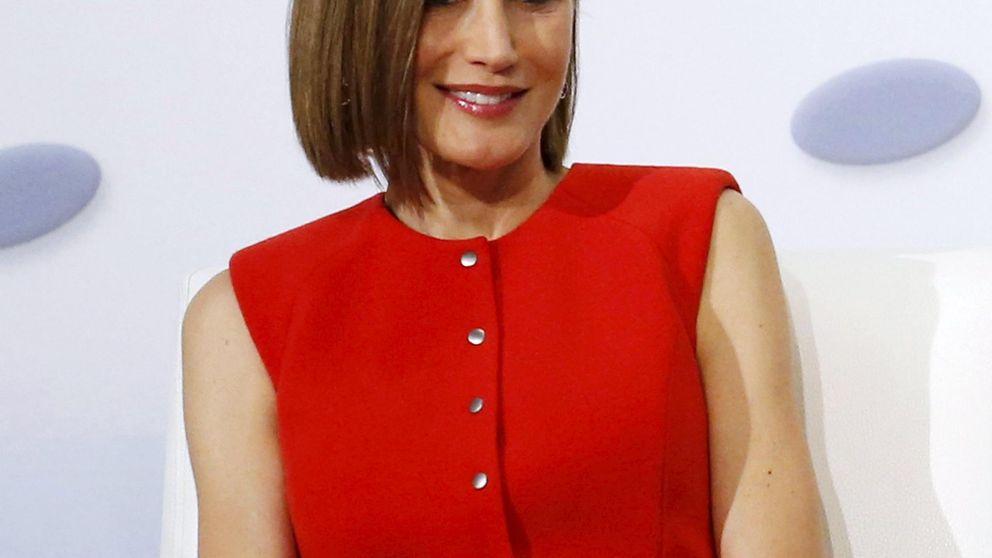 Doña Letizia saca partido en México al vestuario que estrenó en Francia