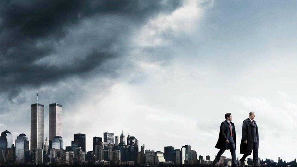 Foto: Imagen promocional de la serie de Hulu, 'The Looming Tower'.