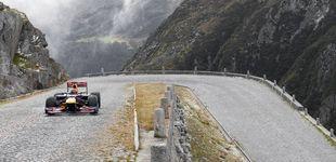 Post de Red Bull  rompe con sus locuras: desde el Himalaya, a los 180Km/h en una playa