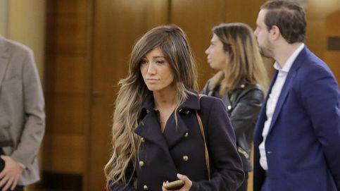 Miguel Palomo veta en el tanatorio a su ex, Marta González, que rompe a llorar