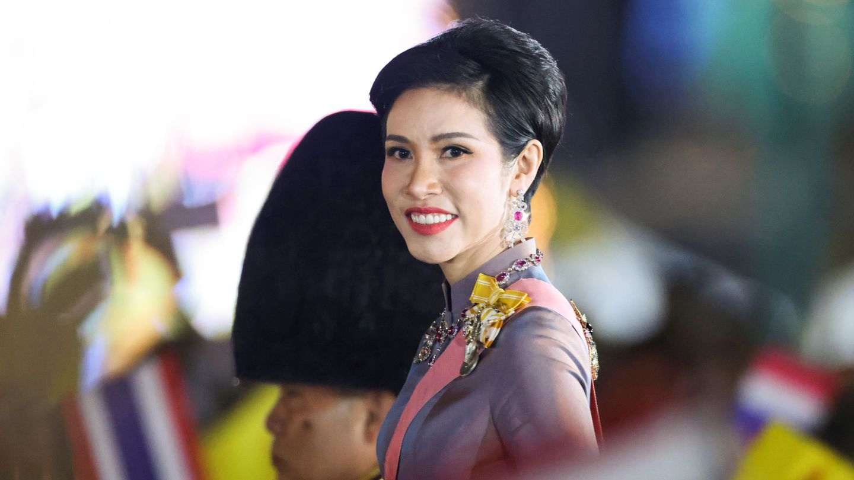 Sineenat, la concubina oficial del rey de Tailandia. (Reuters)