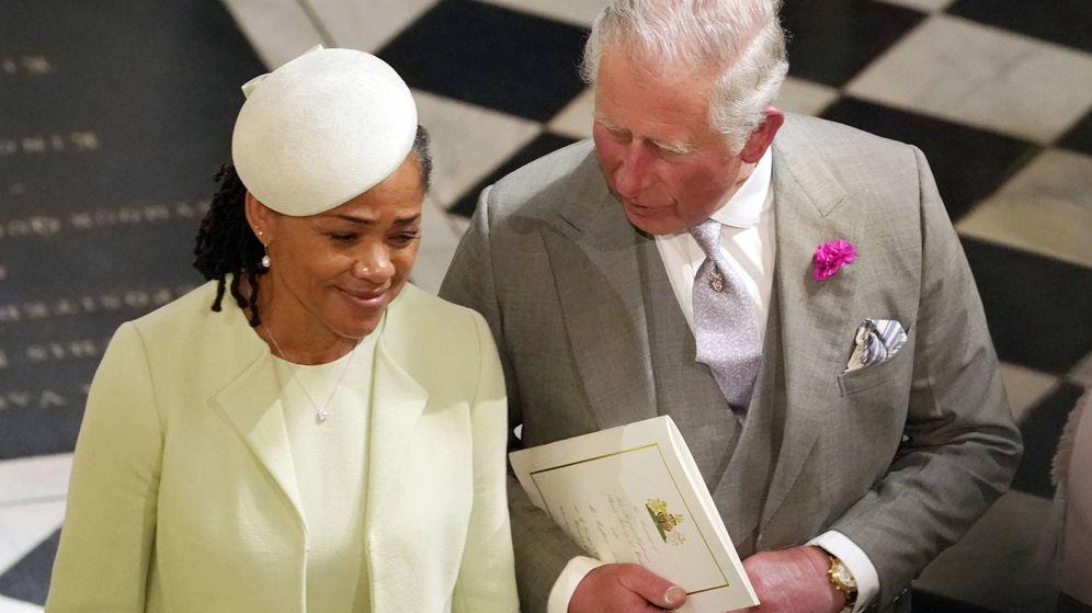 Foto:  El príncipe de Gales, con la madre de Meghan. (Gtres)