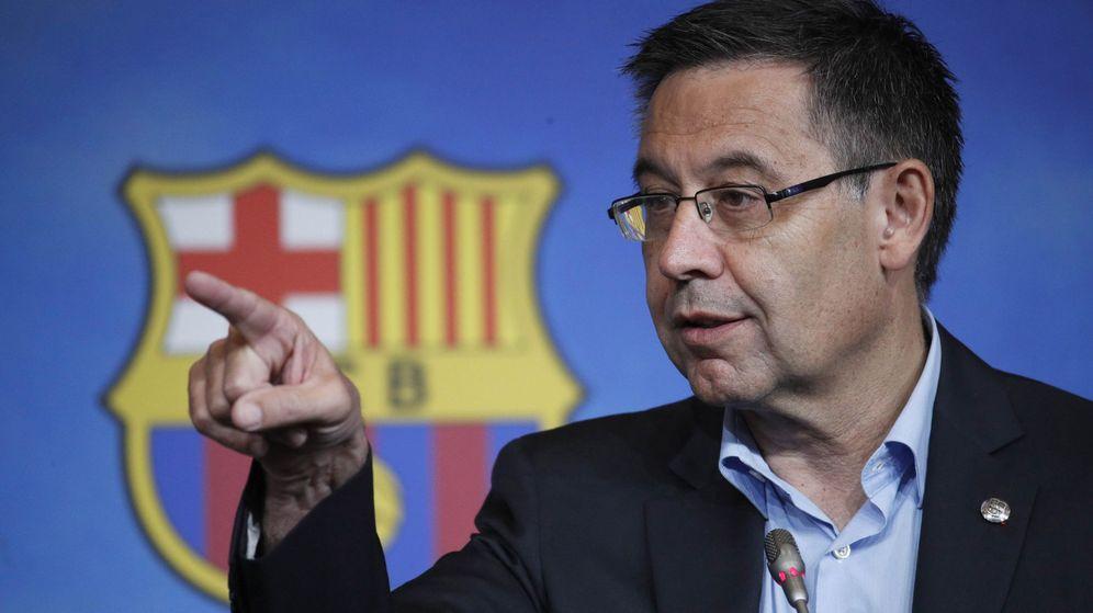 Foto: Josep María Bartomeu, presidente del Barça, durante su comparecencia. (EFE)