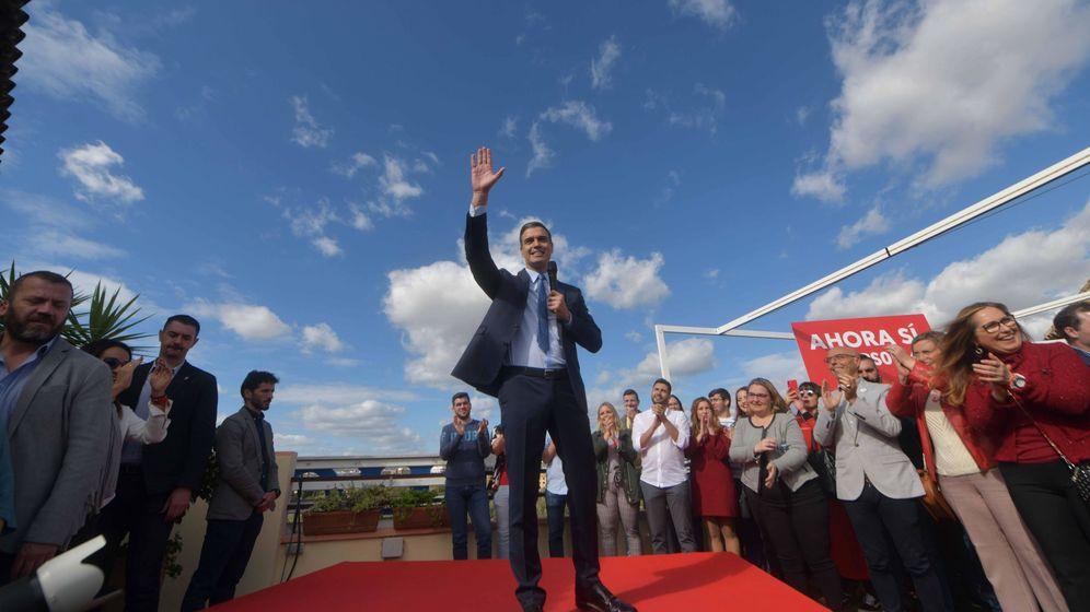 Foto: El candidato del PSOE, Pedro Sánchez, en un acto electoral en Córdoba. (EFE)