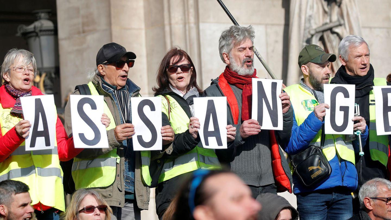 Manifestantes por Assange (Reuters)