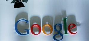 Google tira de chequera para intentar parar los pies a Facebook