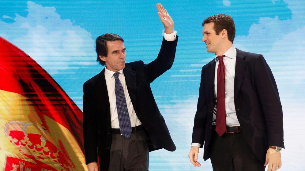 Foto: Pablo Casado y José María Aznar, durante la convención nacional del PP. (EFE)