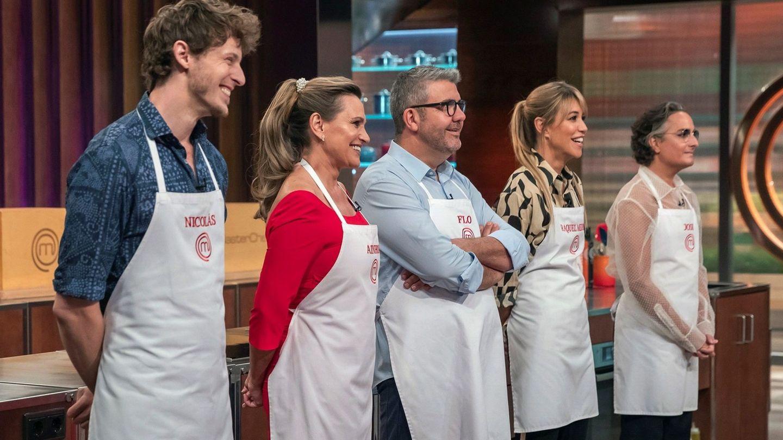 Raquel Meroño, Ainhoa Arteta, Florentino Fernández, Josie y Nicolás Coronado,  luchando por ganar la quinta edición de 'MasterChef Celebrity'. (EFE)