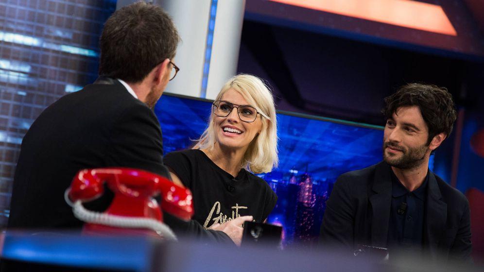 Foto: Amaia Salamanca y Javier Rey en 'El Hormiguero'. (Antena 3)