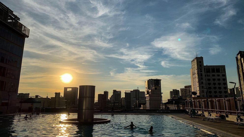 Una niña de 10 años salva a su hermana de morir ahogada en una piscina