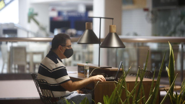 El covid pincha el 'hype' de los 'coworking': las endiabladas cuentas para evitar el cierre