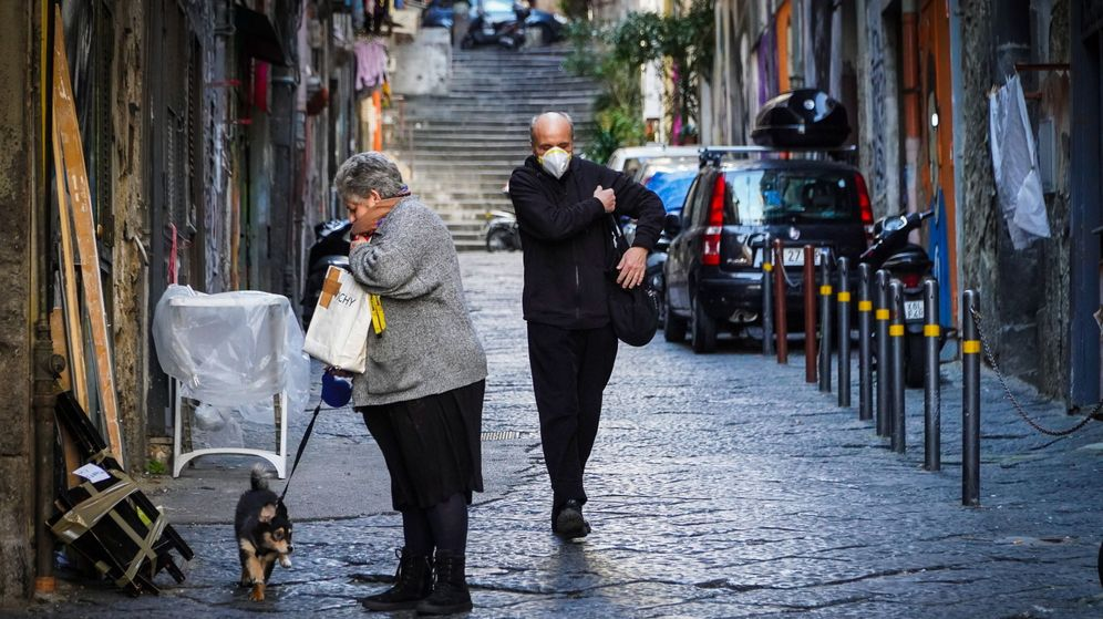 Foto: El barrio español, en Nápoles (EFE)