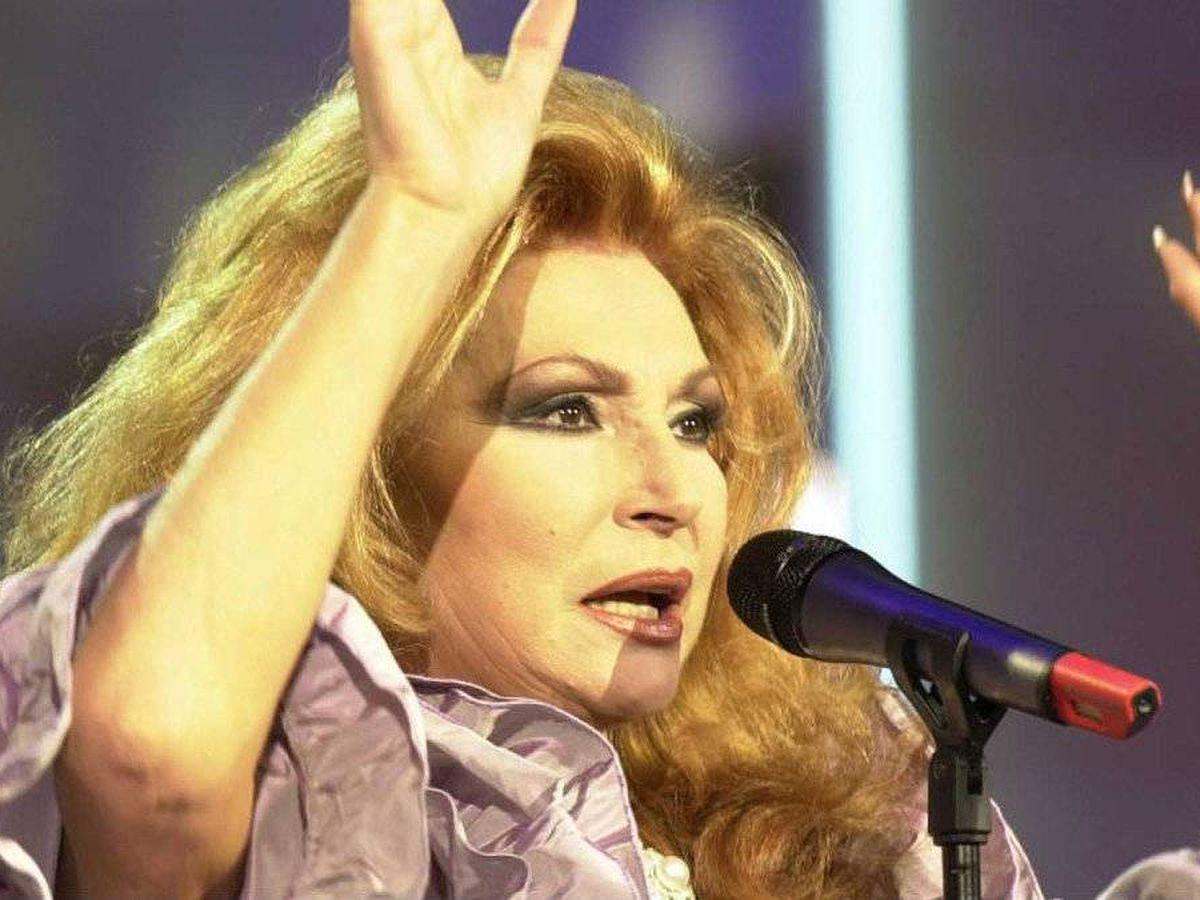 Foto: Rocío Jurado, en una imagen de archivo de 'Lazos de sangre'. (TVE)