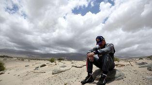 Carlos Sainz, un hombre con suerte, aunque aquel Toyota no quisiera arrancar ni a tiros...