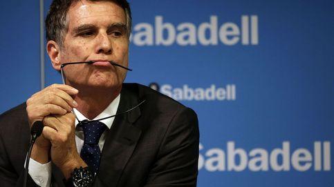 Banco Sabadell se desmarca de los pagos al hijo de Javier de la Rosa