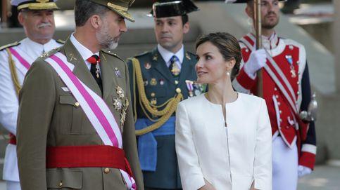 Baño de multitudes para Felipe y Letizia en el Día de las Fuerzas Armadas