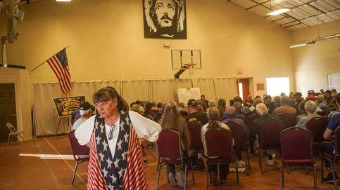 Un día con la milicia más poderosa de EEUU: ultras disfrazados de grupo vecinal